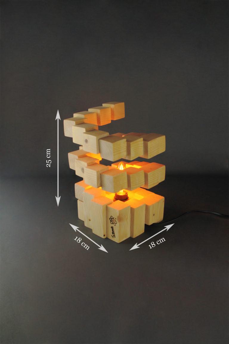 Tornade |création artisanale en cubes de bois
