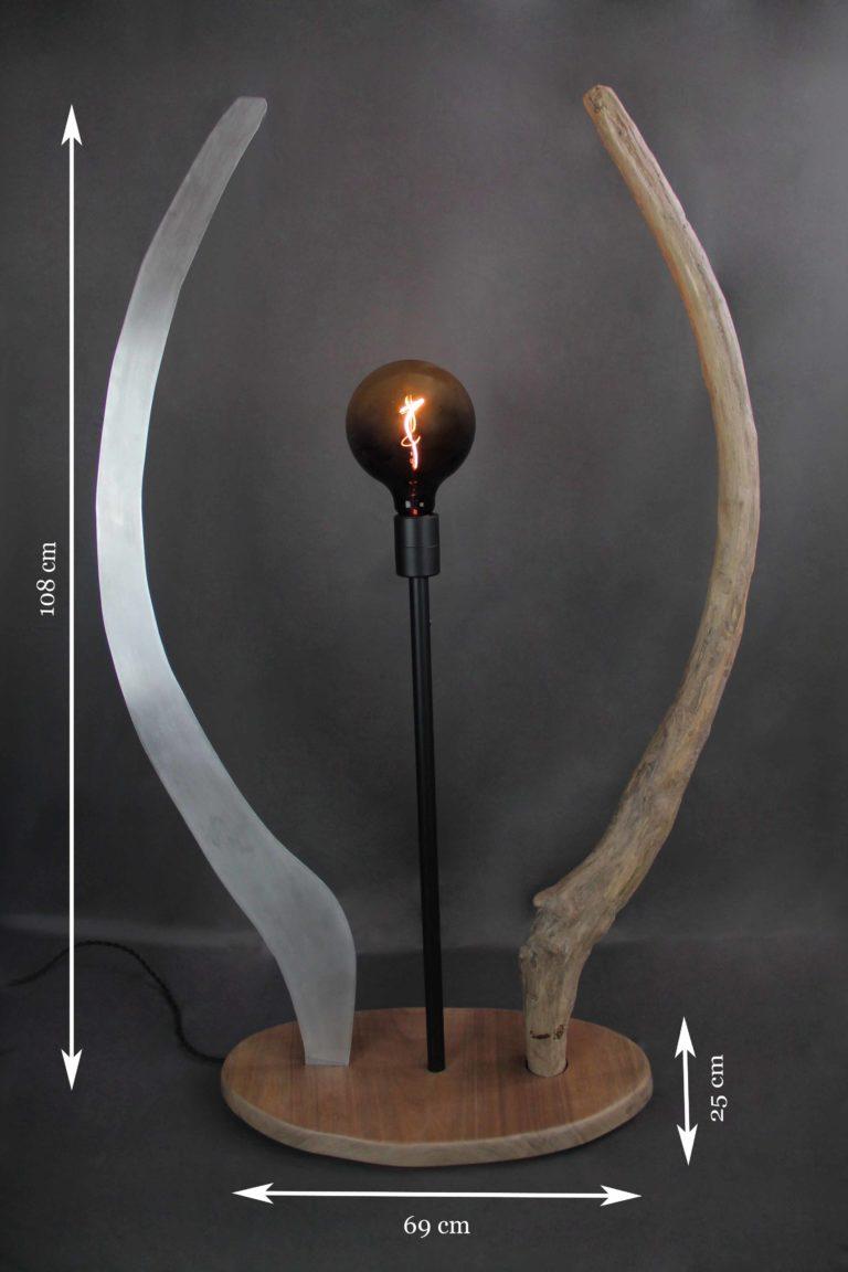 equinoxe-lampadaire bois et métal